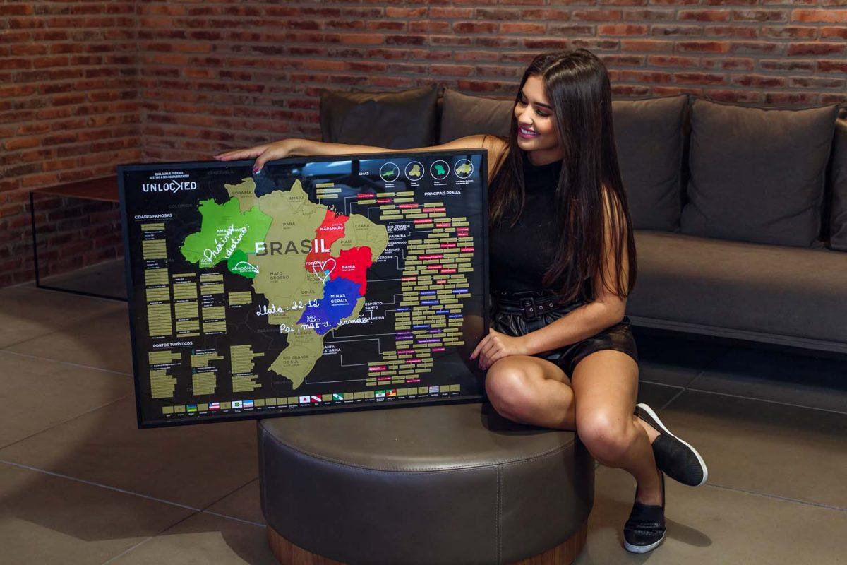 Mapa do Brasil de vidro lateral apresentação de mapa