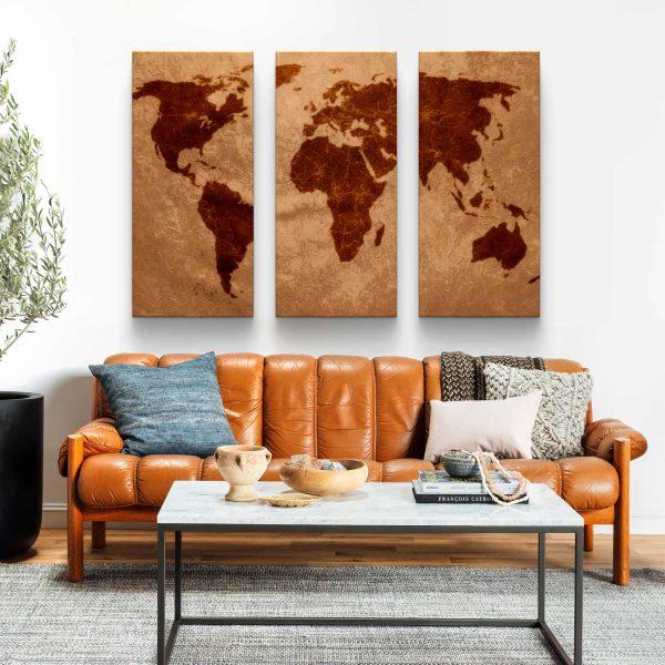 Conjunto de Quadros Mapa Mundi Marrom 3 peças em tela com detalhe na sala