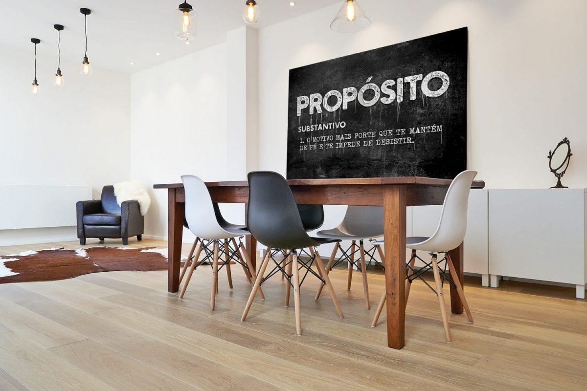 Quadro decorativo Propósito em tela apresentação na mesa